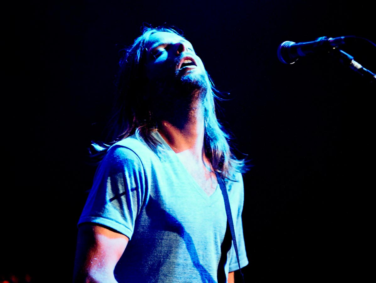 Music Peformance James Valentine Maroon 5 Carmichael Productions, inc.