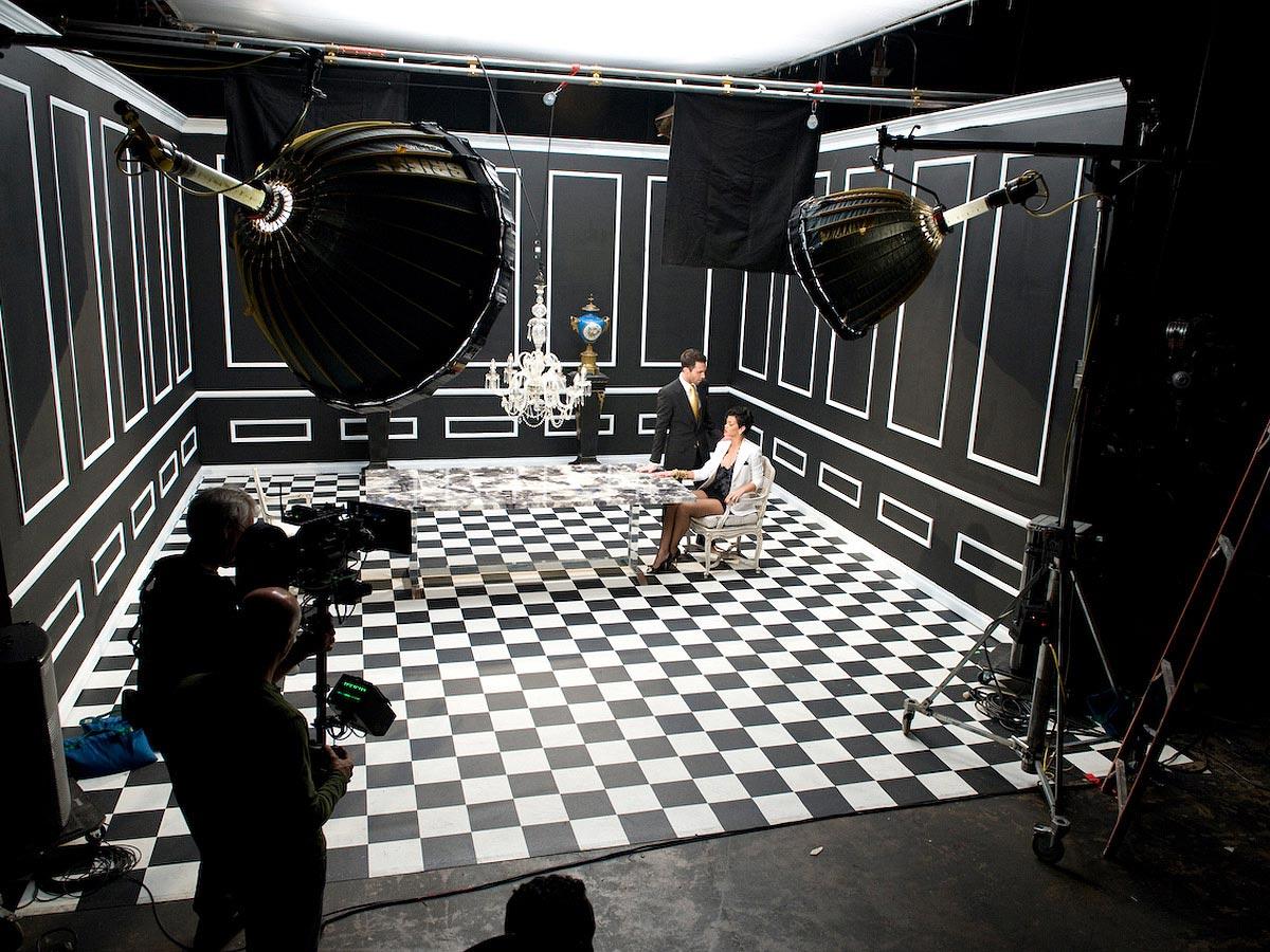 Carmichael Productions, Inc Documentary Rhianna Adam Levine Behind the Scenes Photography Maroon 5